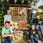 Insektenhotel selbstgebaut im SOG Kids-Club
