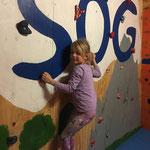 klettern für Kinder im Winter www.kindergeburtstag-heidelberg.de