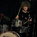 Stark an den Drums: Malte Müller (Foto: © Nilles)