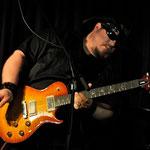 Kernige Riffs, rauer Texas-Blues von Lance Lopez