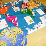 Informationen suchen über das Leben von Kindern aus anderen Ländern...Tiere zuordnen, die auf den Kontinenten leben.