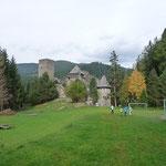 Anfang Oktober waren wir, die 4AB für 4 Tage auf der Burg Finstergrün.