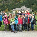 Wie man sieht, begann die Fahrt zur Burg Finstergrün mit guter Laune. Alle Kinder waren gut drauf, das Abenteuer konnte beginnen.
