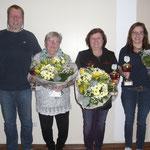 Sieger Damen v.l.n.r.: 2. Isa Pundsack | 1. Rosita Rodehüser | 3. Karola Knese