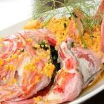 蒸し金目鯛のからすみソース