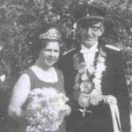 1972 Heinrich Küper und Frau Agatha, Niederhelden
