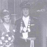 1974 Herbert Zens und Frl. Roswitha Köster, Helden