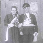 1954 Josef Sauerländer und Frau Emma, Niederhelden