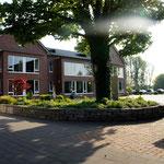 Gerade im Sommer bietet der Innenhof den schönsten Platz im Heidehaus.