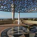 Jede der 645 Möwen ein gefallener Seesoldat am Denkmal für Seeleute des australischen Kreuzers Sydney in Geralton, Westaustralien