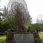 Denkmal für den Tsunami vom 26.12. 2004 am Kawela Beach auf Phuket, Thailand