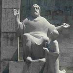 Denkmal für den Erfinder der armenischen Schrift Mesrop Maschtop in Eriwan