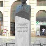 Denkmal für den kretischen Politiker Venezelos, der sich für den Anschluß Kretas an Griechenland einsetzte, vor der Markthalle von Chania