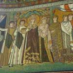 Mosaik der Kaiserin Teodora in der Basilika S. Vitale, Ravenna, Italien