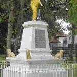 Denkmal für einen buddhistischen Mönch, der in Ceylon gegen die britische Kolonialherschaft protestierte