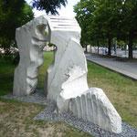 Denkmal für den unbekannten Deserteur, gestaltet von Mehmet Aksoy, am Platz der Einheit in Potsdam