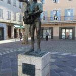 Pablo Picasso, Mann mit Ziege, Marktplatz von Vallauris, Südfrankreich
