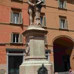 Denkmal für Galvani vor der Universität Bologna, Italien