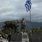 Denkmal für einen Befreiungskämpfer gegen die Osmanen in Areopoli, Griechenland