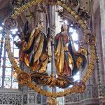 """Veit Stoß, """"Der Engelsgruß"""", bemaltes Lindenholz, in der nunmehr evangel. Kirche St. Lorenz, Nürnberg"""
