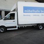 Beschriftung Lieferwagen Möbelhalle Bern