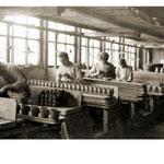 Pottenbakkers in de Star fabriek van Goedewaagen, 1930