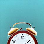 目覚まし時計(30.0×30.0cm)