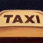 タクシー(10.0×15.0cm)