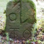 Grenze Oberndorf / Beffendorf. Die Bezeichnung STO wurde später eingehauen - der Stein dürfte recht alt sein.