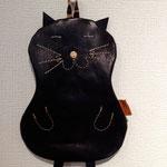 黒猫ポーチ¥8,640  (8,000)