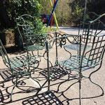 Table ligne 6 et chaises pieds tendus