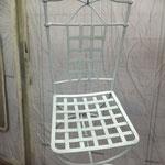 Chaise métallisèe
