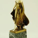 Ernst Seger, Bronzefigur mit Elfenbein. Kunstauktion OWL