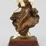 Ernst Seger, Bronzefigur mit Elfenbein, Auktionslimit