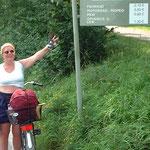 An der Walhalla müssen wir nach anstrengendem Aufstieg auch noch Parkgebühr für die Fahrräder Zahlen - einmalig in Deutschland ...