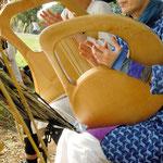 炭田 契恵子さん 本多 美紀さん 「風とともにライアーの響きを聴く」
