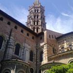 Basilique Saint Sernin à Toulouse, à moins de 30 minutes des Gites des Camparros à Nailloux