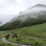 randonnée dans les Pyrénées, à un peu plus d'une heure des Gites des Camparros à Nailloux