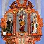 Im Mittelfeld die Muttergottes mit Kind, links die hl. Walburga und rechts die des hl. Kornelius