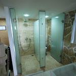 Dusch & Toilette im Doppelzimmer