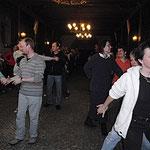 Nach dem Verteilen der Zimmer geht's um 15 Uhr schon los: Tanztraining!
