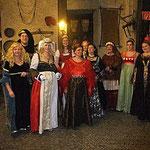 Hier sind gleich mehrere heiße Anwärter für den Kostümpreis dabei!!