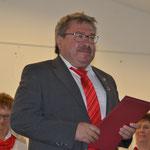 Ehrung für 60 Jahre aktives Singen - Urkundenvorlesung