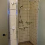 Duschen im Damenwaschraum