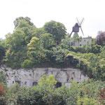 Kalksteinhöhlen an der Loire