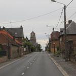 Ortsdurchfahrt vor Amiens