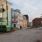 farbige Häuserfront am Standplatz