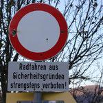 Verbotsschild am Fuschlsee
