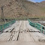Brücke über den Suman Gol