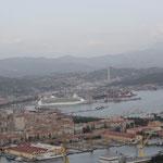 La Spezia mit Kreuzfahrtschiff